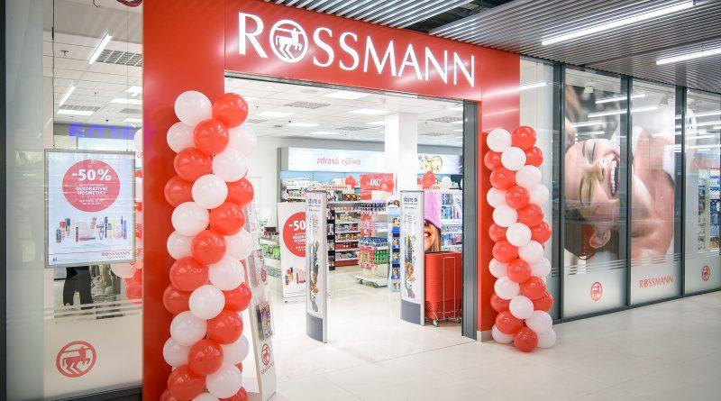 Prodejna ROSSMANN se v pražském OC Luka představila v novém kabátě