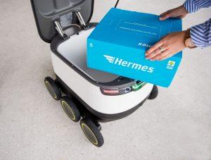 Pressekonferenz des Logistikdienstleisters Hermes und dem Technologie-Unternehmen Starship am 03.08.2016 in Hamburg. Foto: Daniel Reinhardt/Hermes GmbH